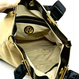 Tory Burch Bags - TORY BURCH~isa~XL CANVAS & PATENT LEATHER TOTE